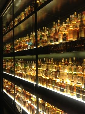 "Inside Edinburgh's ""Whisky Experience"""